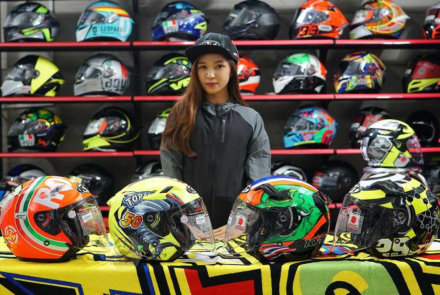 Hệ thống cửa hàng bán lẻ nón fullface KYT chính hãng tại Việt Nam